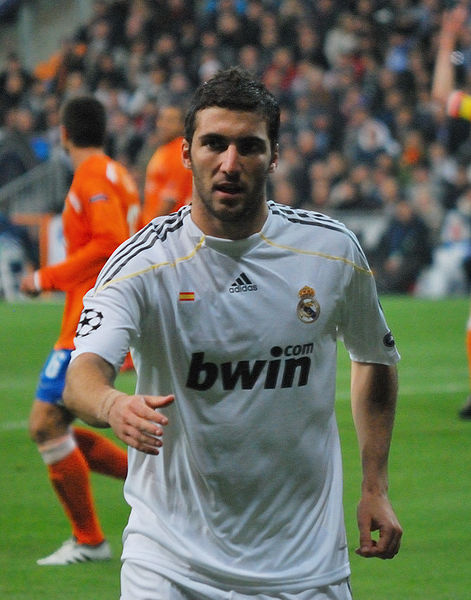 Higuain Arsenal Transfer news Real Madrid