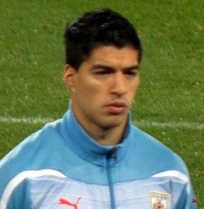Suarez just cannot stay away from controversies
