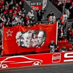 800px-Liverpool_coaches_banner