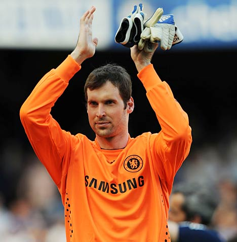 Arsenal Transfer News - Petr Cech  Dismisses Link up with London Club