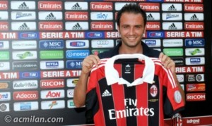 Pazzini arrives at Milan