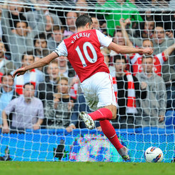 RvP en route to his hattrick at the Bridge last season