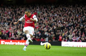 While Theo Walcott offers a substantial threat of pace out wide, as a center forward he represents a homeless man's version of '98 Michael Owen.