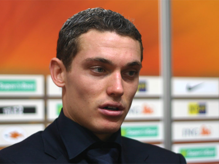 Arsenal FC - Thomas Vermaelen Could Leave In January