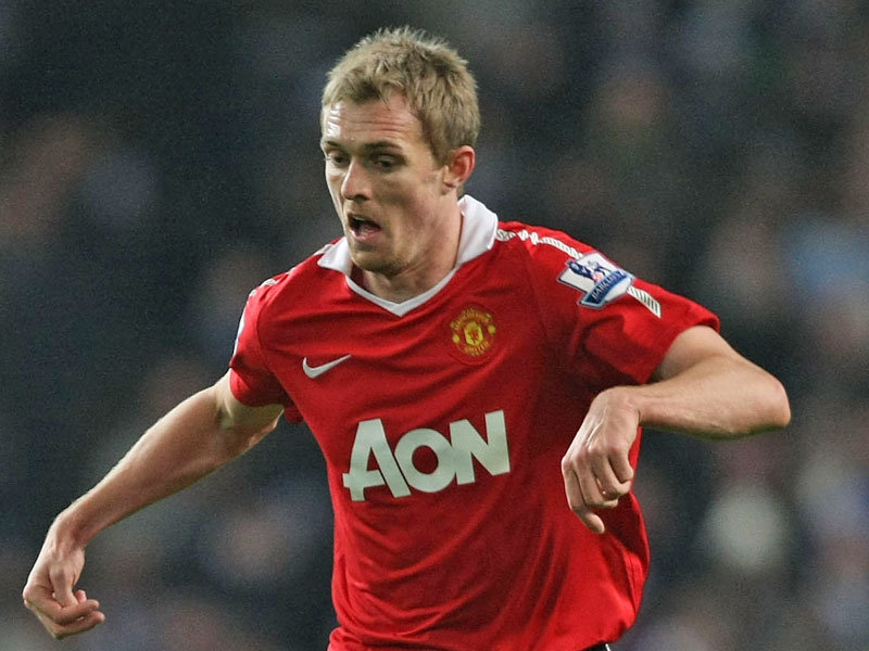 Darren Fletcher - Manchester United midfielder | Premier League Review - Manchester City The Team To Beat; Liverpool Reassert Title Ambitions; Chelsea Win Ugly