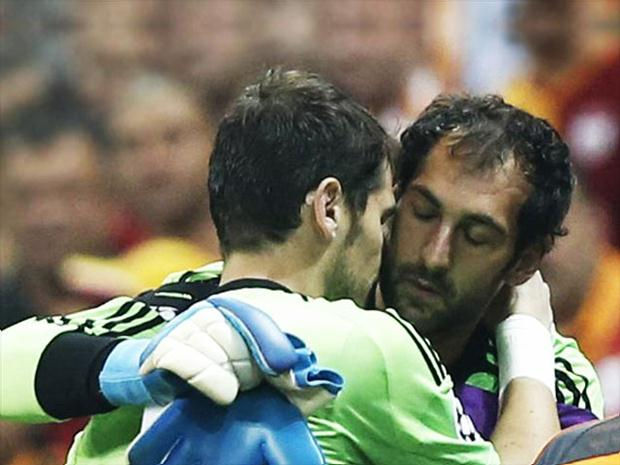 Iker Casillas (left) and Diego Lopez (right) - Real Madrid goalkeepers   Real Madrid monitoring Stoke City goalkeeper Asmir Begovic