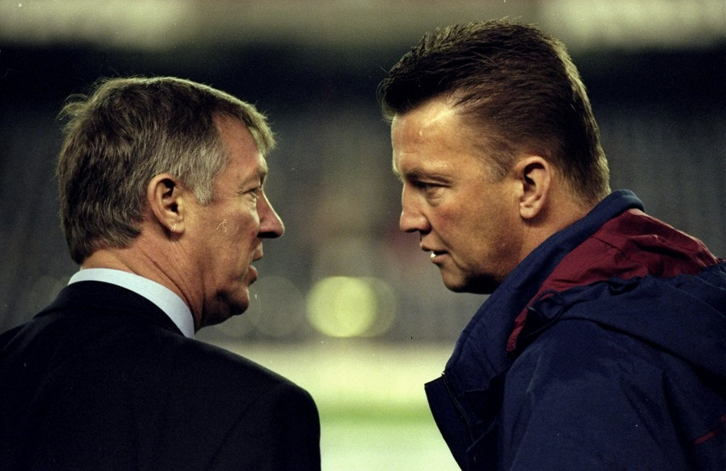 25 Nov 1998: Manchester United manager Alex Ferguson comes face to face with Barcelona coach Louis van Gaal in the UEFA Champions League match at the Nou Camp in Barcelona, Spain. The game ended 3-3. Mandatory Credit: Shaun Botterill /Allsport