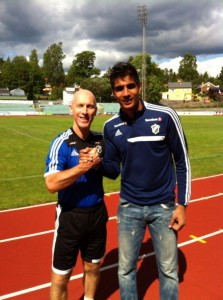 Gurpreet with Head Coach Bob Bradley-c- Twitter
