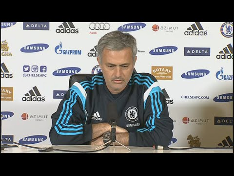 Mourinho – I'm not playing against Louis, Chelsea Are Playing Against Manchester United