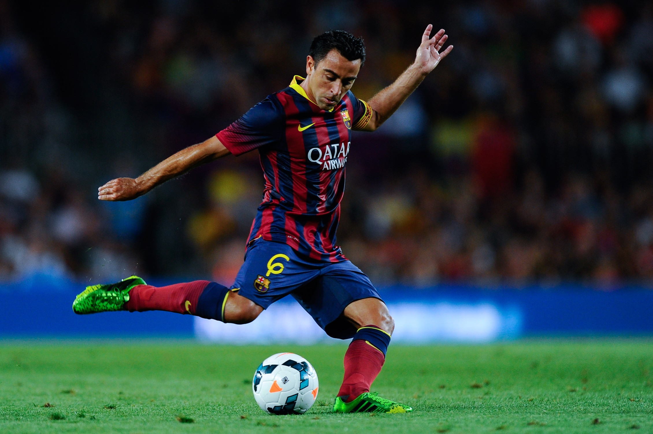 Fc barcelona blaugrana legend xavi keen to leave the club for Oficina qatar barcelona