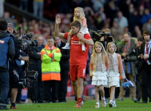 Gerrard with his daughters applauding the Anfield crowd for the last time
