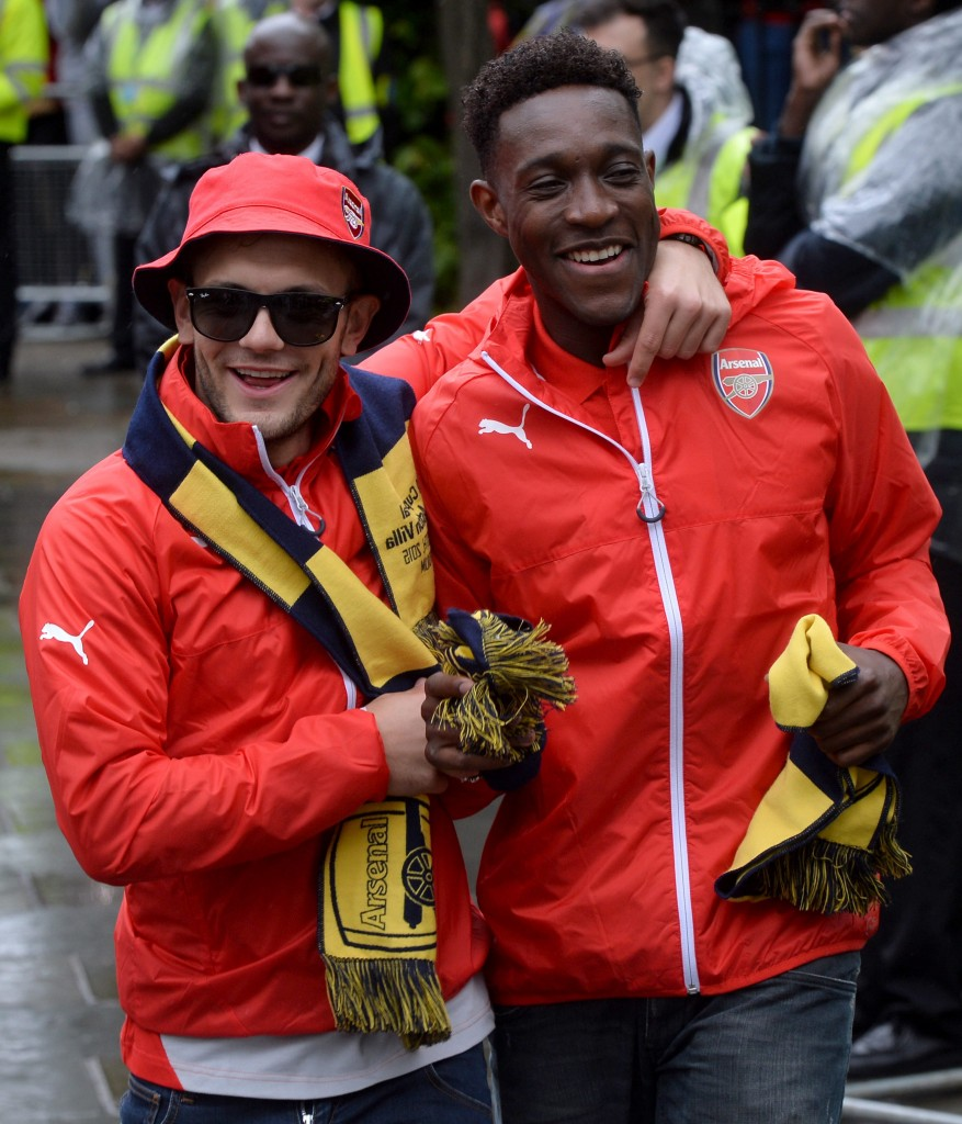 """:Jack Wilshere is just behind Welbeck, maybe one week after the international break he will certainly come back into full training."""""""