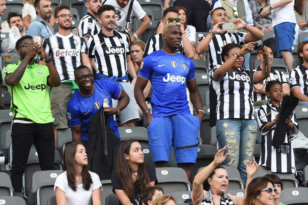 Florentin Pogba (C) the St Etiene footballer and brother of Juventus player Paul Pogba looks on before the UEFA Champions League final soccer match between Juventus FC and FC Barcelona at Olympic stadium in Berlin, Germany, 06 June 2015. (Photo Credit: EPA/Marcus Brandt)