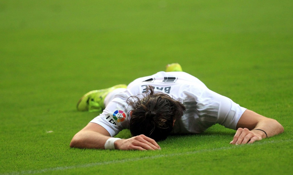 Rafa Beniteza  s tenure at Real Madrid may well be dominated by the manner in which he uses Gareth Bale in the starting eleven.