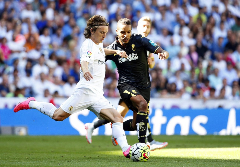 Toni Kroos and Luka Modric continue to dominate the proceedings in the midfield with the Croatian international particularly taking charge of the game.
