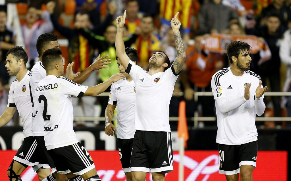Barcelona sign Spain striker Paco Alcacer from Valencia