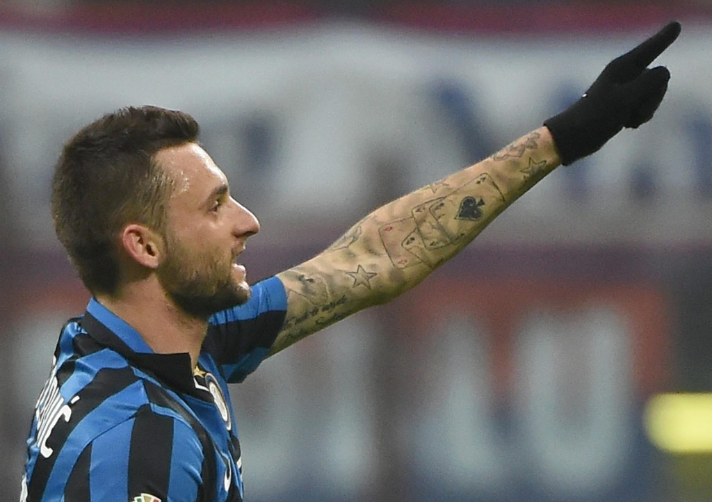 'Premier League, here I come!' - Marcelo Brozovic is set to swap his Black and Blue jersey for a pure Blue one as he nears a move to Chelsea. (Picture Courtesy - AFP/Getty Images)