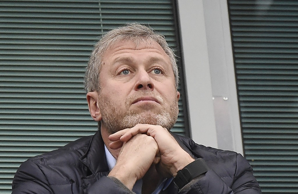 My way or the high way. Who will Roman Abramovich bring in next? (Photo by EPA/FACUNDO ARRIZABALAGA )