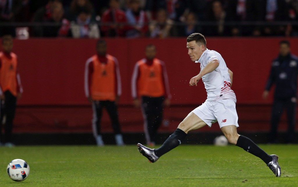 Gameiro has been finding the net for Sevilla on a consistent basis and was a key figure in his club's third successive Europa League triumph. (Picture Courtesy - AFP/Getty Images)