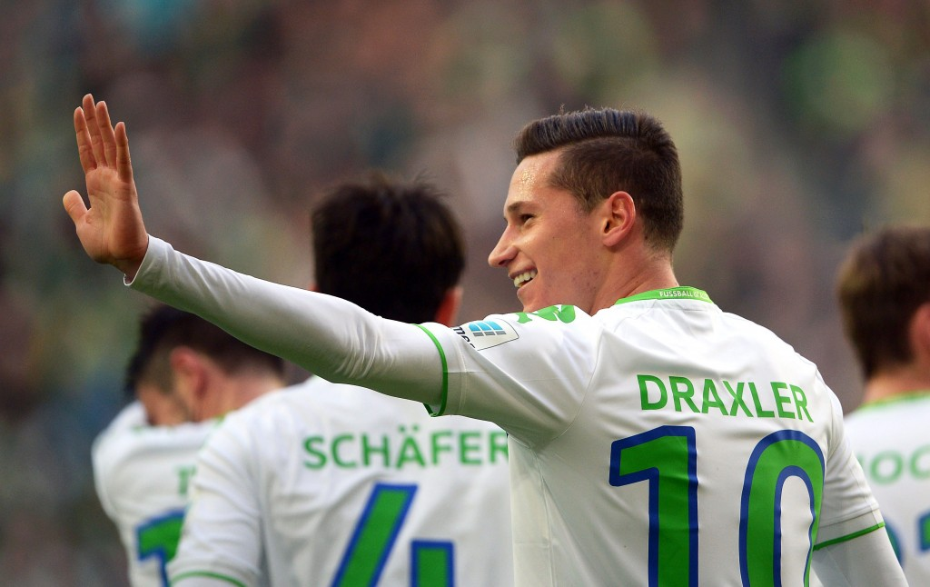 """""""Stop, Wenger!"""" - Wolfsburg have released an official statement clearing that they do not wish to let Julian Draxler go this summer. (Picture Courtesy - AFP/Getty Images)"""