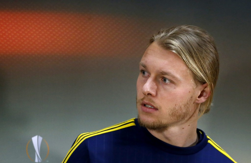 Simon Kjaer would be the tougher of the two to sign as he has just moved to Fenerbahce last season. (Picture Courtesy - AFP/Getty Images)