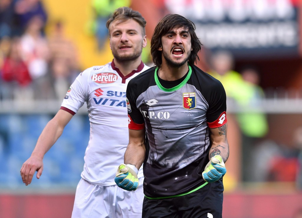 Mattia Perin should be fit enough to take on parent club Juventus on Sunday. (Photo by AFP/Getty Images)