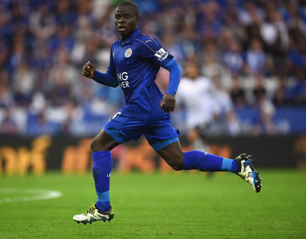 LEICESTER, ENGLAND - MAY 07: N'Golo Kante of Leicester City in action during the Barclays Premier League match between Leicester City and Everton at The King Power Stadium on May 7, 2016 in Leicester, United Kingdom. (Photo by Laurence Griffiths/Getty Images)