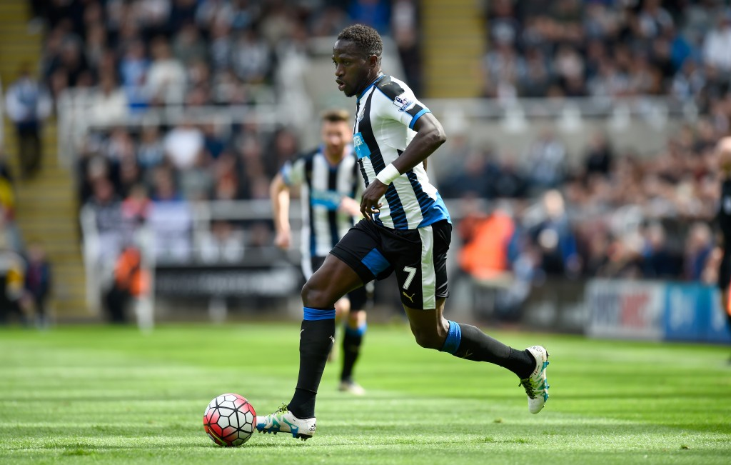 NEWCASTLE UPON TYNE, ENGLAND - MAY 15: Captain Moussa Sissoko of Newcastle United in action during the Premier League match between Newcastle United and Tottenham Hotspur at St James' Park on May 15, 2016 in Newcastle upon Tyne, England. (Photo by Stu Forster/Getty Images)