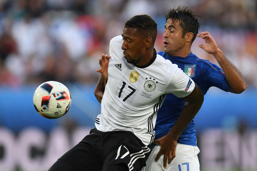Germany's defender Jerome Boateng (L) vies wirh Italy's forward Citadin Martins Ederduring the Euro 2016 quarter-final football match between Germany and Italy at the Matmut Atlantique stadium in Bordeaux on July 2, 2016. / AFP / PATRIK STOLLARZ (Photo credit should read PATRIK STOLLARZ/AFP/Getty Images)