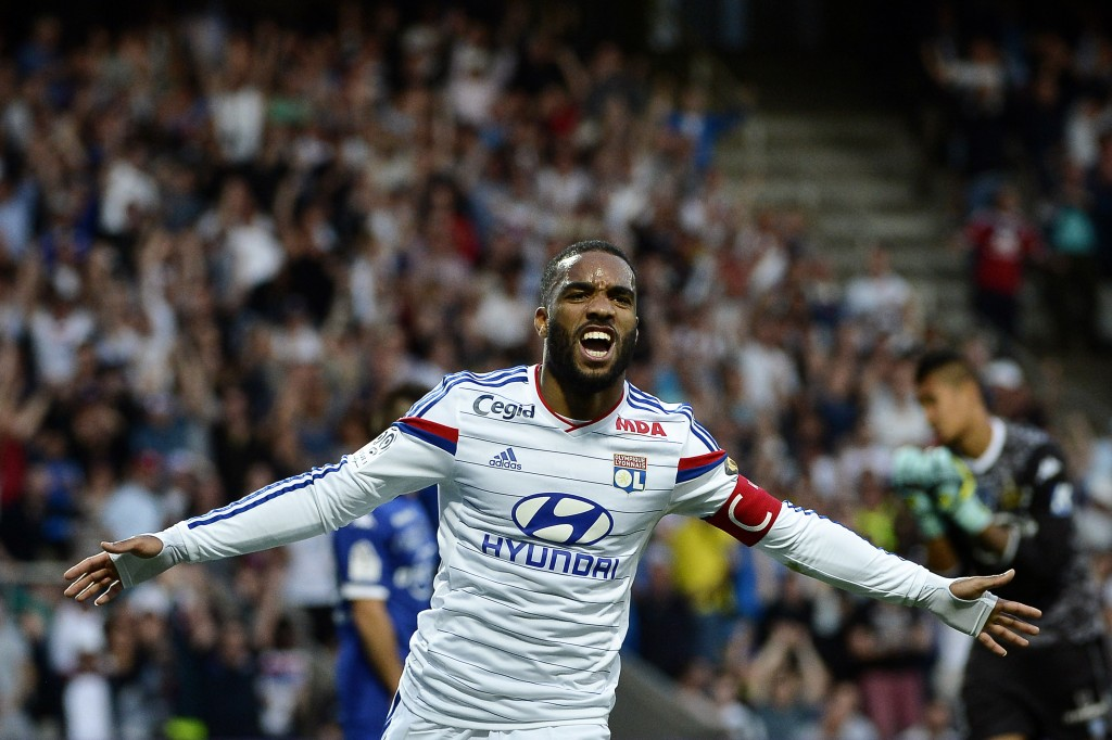 Alexandre Lacazette has established himself as one of the best forwards in Europe right now.(Picture Courtesy - AFP/Getty Images)