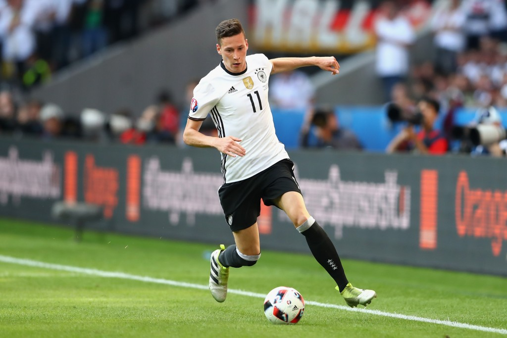 LILLE, FRANCE - JUNE 26: Julian Draxler of Germany runs with the ball during the UEFA EURO 2016 round of 16 match between Germany and Slovakia at Stade Pierre-Mauroy on June 26, 2016 in Lille, France. (Photo by Alexander Hassenstein/Getty Images)