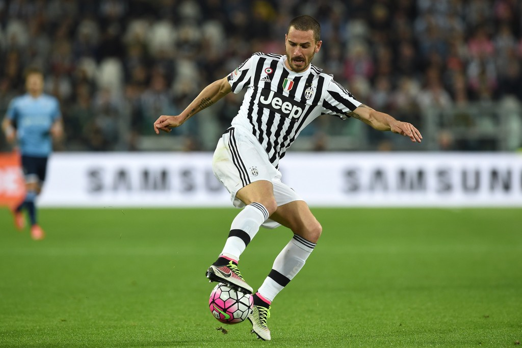 TURIN, ITALY - APRIL 20: Leonardo Bonucci of Juventus FC in action during the Serie A match between Juventus FC and SS Lazio at Juventus Arena on April 20, 2016 in Turin, Italy. (Photo by Valerio Pennicino/Getty Images)