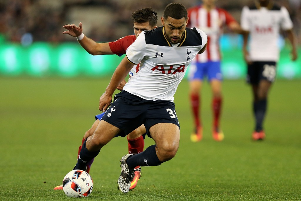 MELBOURNE, AUSTRALIA - JULY 29: Cameron Carter-Vickers of Tottenham runs with the ball during 2016 International Champions Cup Australia match between Tottenham Hotspur and Atletico de Madrid at Melbourne Cricket Ground on July 29, 2016 in Melbourne, Australia. (Photo by Jack Thomas/Getty Images)