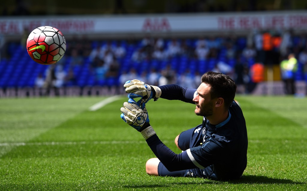 LONDON, ENGLAND - MAY 08: Hugo Lloris of Tottenham Hotspur warms up during the Barclays Premier League match between Tottenham Hotspur and Southampton at White Hart Lane on May 8, 2016 in London, England. (Photo by Shaun Botterill/Getty Images)