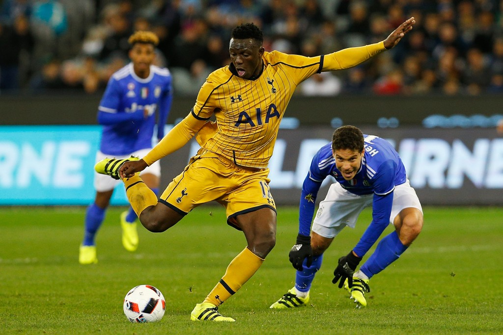 MELBOURNE, AUSTRALIA - JULY 26: Victor Wanyama of Tottenham passes the ball during the 2016 International Champions Cup match between Juventus FC and Tottenham Hotspur at Melbourne Cricket Ground on July 26, 2016 in Melbourne, Australia. (Photo by Daniel Pockett/Getty Images for ICC)