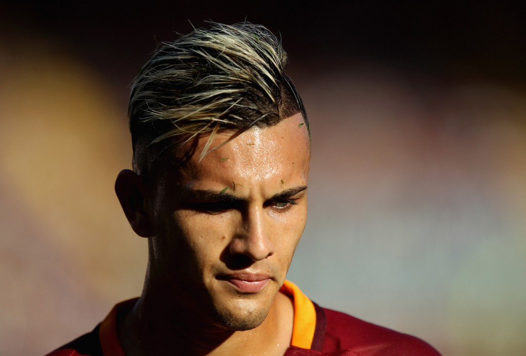 ROME, ITALY - AUGUST 20:  Leandro Paredes of AS Roma looks on during the Serie A match between AS Roma and Udinese Calcio at Olimpico Stadium on August 20, 2016 in Rome, Italy.  (Photo by Paolo Bruno/Getty Images)