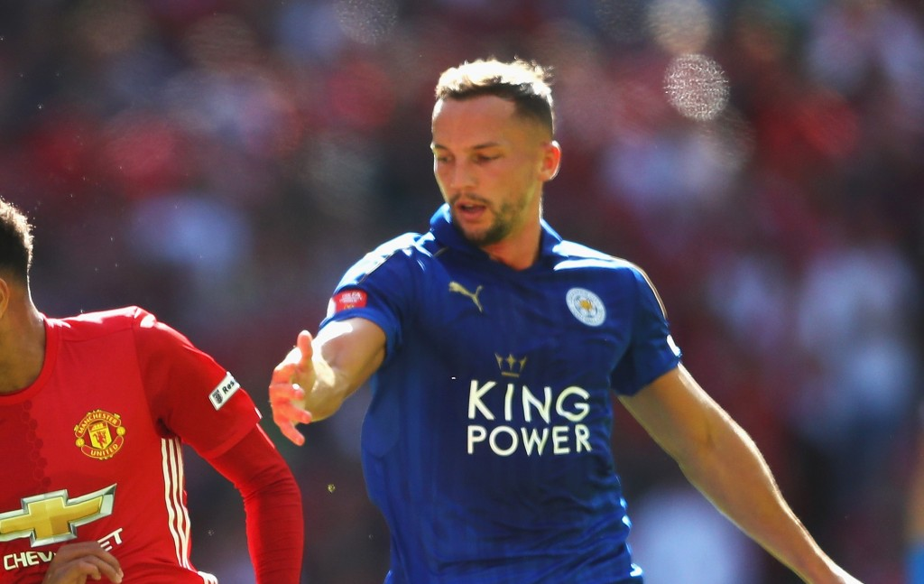 LONDON, ENGLAND - AUGUST 07: Jesse Lingard of Manchester United takes the ball past Wes Morgan of Leicester City and Daniel Drinkwater of Leicester City during The FA Community Shield match between Leicester City and Manchester United at Wembley Stadium on August 7, 2016 in London, England. (Photo by Michael Steele/Getty Images)