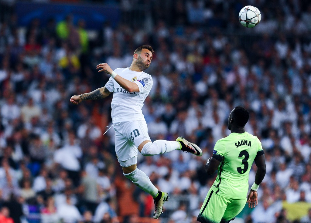 MADRID, SPAIN - MAY 04: Jese Rodriguez of Real Madrid CF heads the ball during the UEFA Champions League Semi Final second leg match between Real Madrid and Manchester City FC at Estadio Santiago Bernabeu on May 4, 2016 in Madrid, Spain. (Photo by David Ramos/Getty Images)