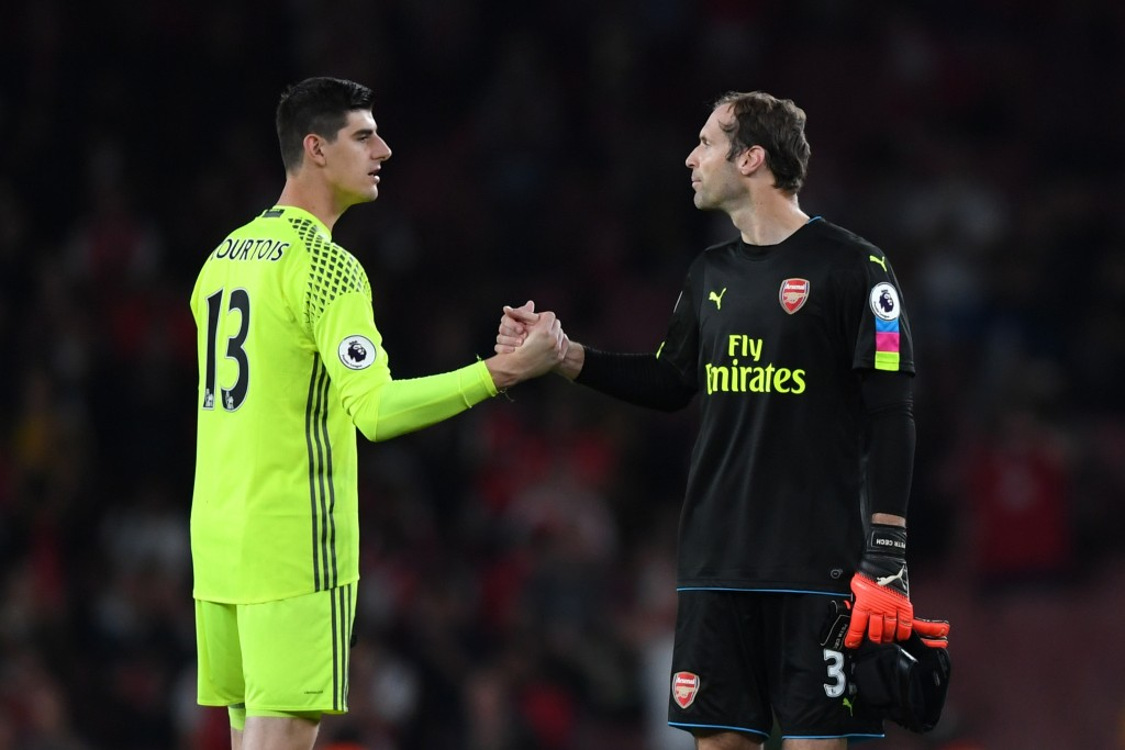 LONDON, ENGLAND - SEPTEMBER 24: Thibaut Courtois of Chelsea (L) and Petr Cech of Arsenal (R) shake hands after the final whistle during the Premier League match between Arsenal and Chelsea at the Emirates Stadium on September 24, 2016 in London, England. (Photo by Shaun Botterill/Getty Images)
