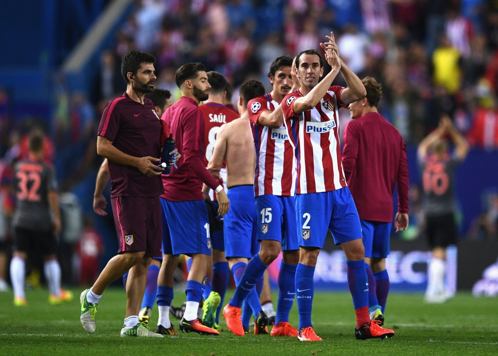 MADRID, SPAIN - SEPTEMBER 28: Diego Godin of Atletico Madrid applauds the fans after the UEFA Champions League group D match between Club Atletico de Madrid and FC Bayern Muenchen at the Vicente Calderon Stadium on September 28, 2016 in Madrid, Spain. (Photo by David Ramos/Getty Images)
