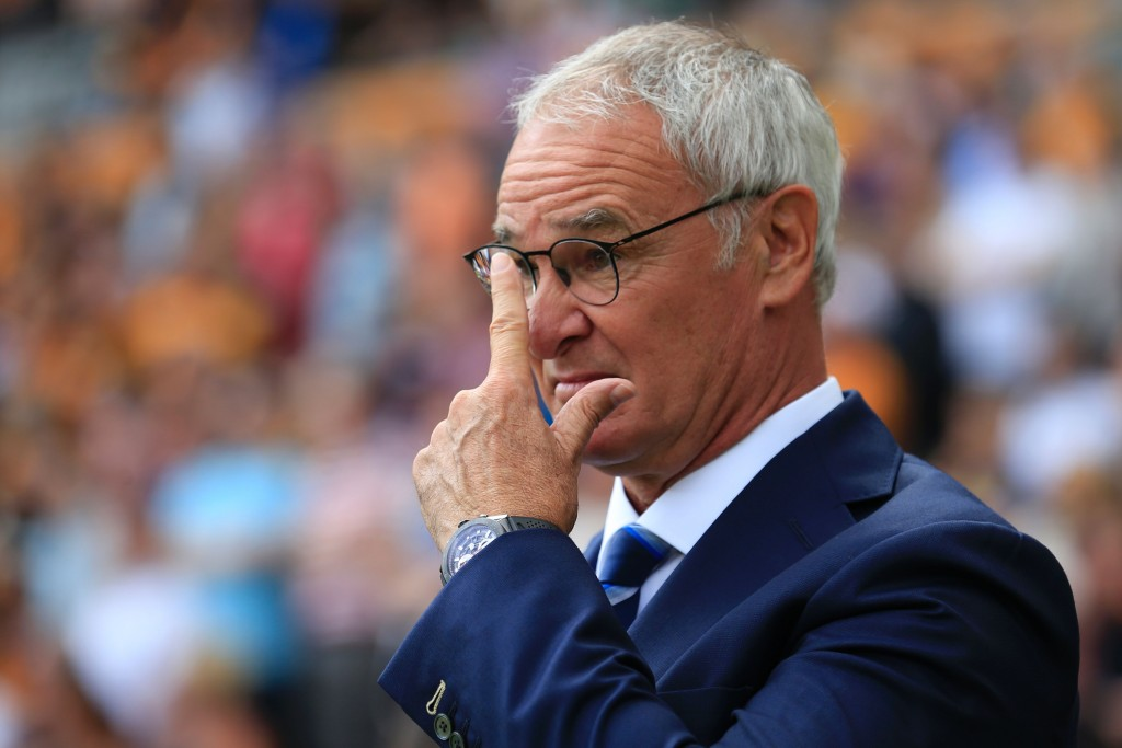Leicester City's Italian manager Claudio Ranieri gestures on the touchline during the English Premier League football match between Hull City and Leicester City at the KCOM Stadium in Kingston upon Hull, north east England on August 13, 2016. / AFP / Lindsey PARNABY / RESTRICTED TO EDITORIAL USE. No use with unauthorized audio, video, data, fixture lists, club/league logos or 'live' services. Online in-match use limited to 75 images, no video emulation. No use in betting, games or single club/league/player publications. / (Photo credit should read LINDSEY PARNABY/AFP/Getty Images)