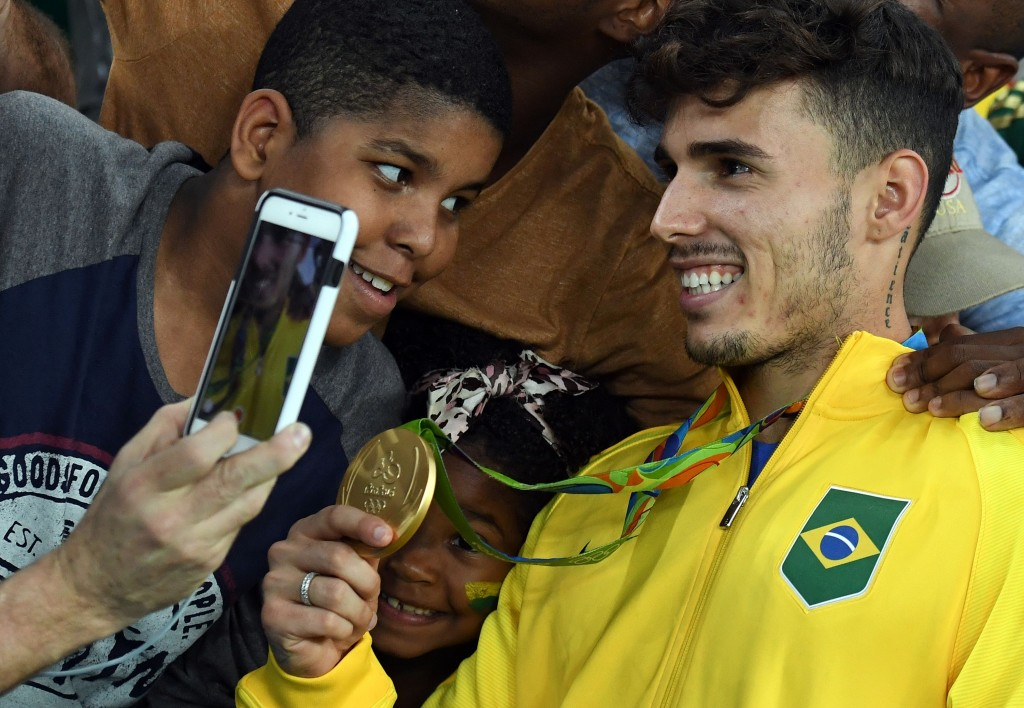 Zeca was phenomenal in Brazil's Olympic triumph with the nation managing to concede only 1 goal past them in the whole tournament in regulation time. (Picture Courtesy - AFP/Getty Images)