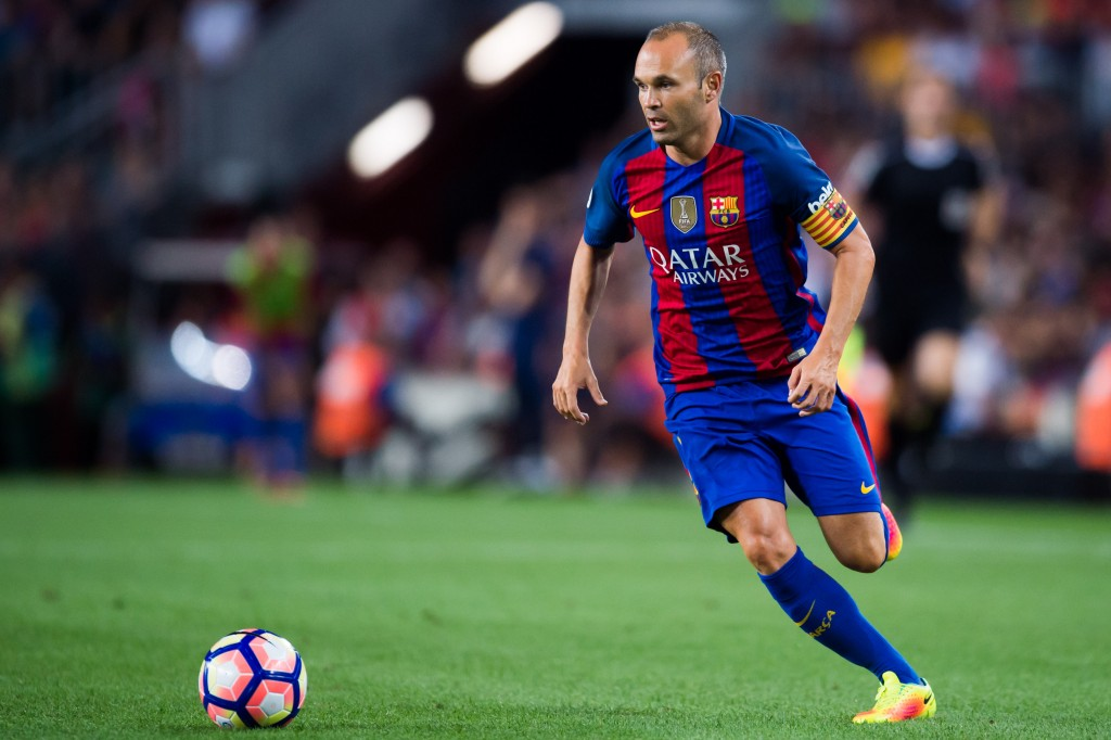 BARCELONA, SPAIN - AUGUST 10: Andres Iniesta of FC Barcelona runs with the ball during the Joan Gamper trophy match between FC Barcelona and UC Sampdoria at Camp Nou on August 10, 2016 in Barcelona, Spain. (Photo by Alex Caparros/Getty Images)