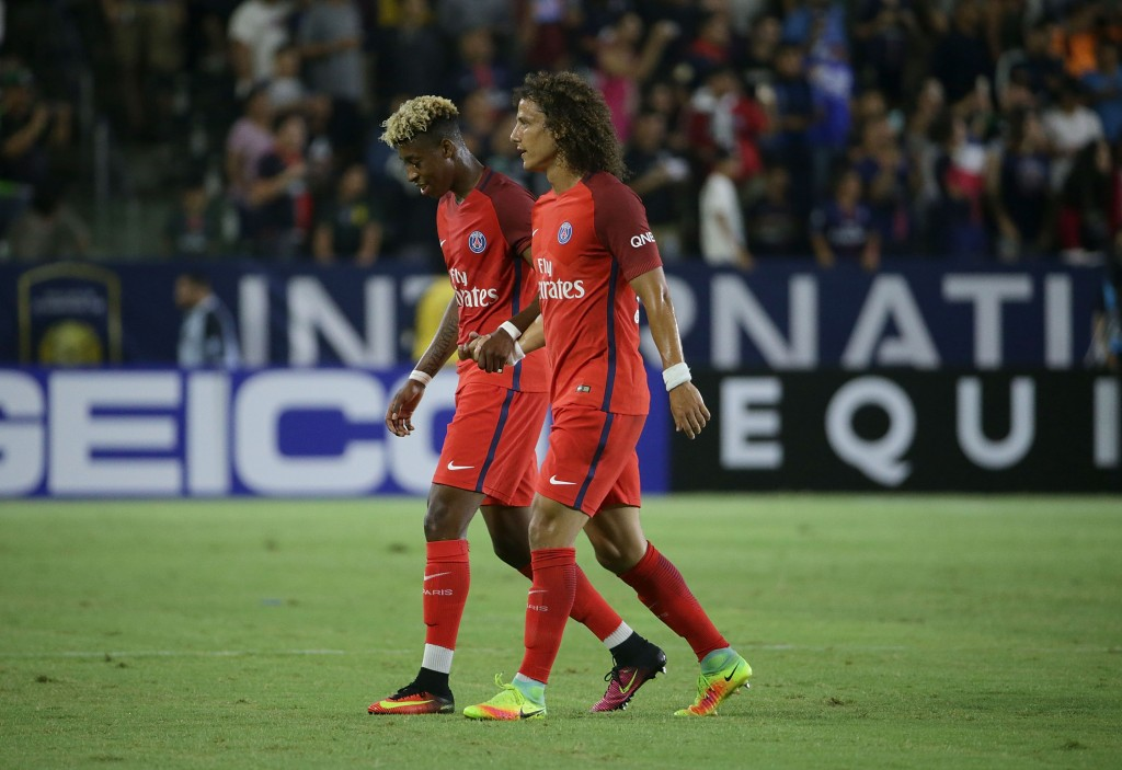 CARSON, CA - JULY 30: Presnel Kimpembe #3 and David Luiz #32 of Paris Saint-Germain shake hands as they walk to the sideline against Leicester City during the 2016 International Champions Cup at StubHub Center on July 30, 2016 in Carson, California. (Photo by Jeff Gross/Getty Images)