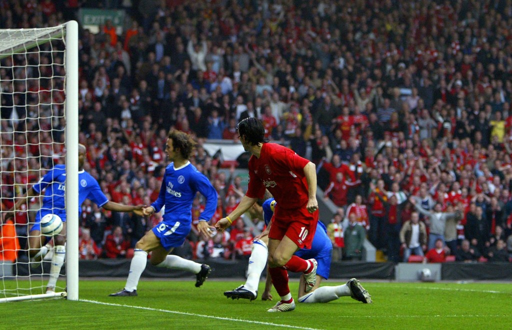 LIVERPOOL, United Kingdom: Sequence 6 of 7 - Liverpool's Luis Garcia (R) watches his shot head for goal as Chelsea's William Gallas (L) tries to clear the ball as John Terry (C back) and Ricardo Carvalho (2nd L) look on during the Champions League semi-final second leg football match at Anfield in Liverpool 02 May 2005. The ball was cleared from the goalline by Gallas but the ball was judged to have crossed the line for the only goal of the game. Liverpool won 1-0 to advance to the final. AFP PHOTO ADRIAN DENNIS (Photo credit should read ADRIAN DENNIS/AFP/Getty Images)