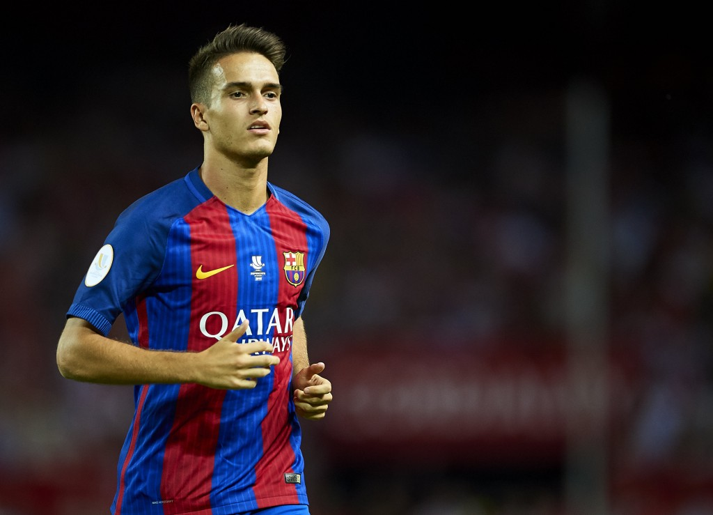 Denis Suarez of FC Barcelona looks on during the match between Sevilla FC vs FC Barcelona as part of the Spanish Super Cup Final 1st Leg at Estadio Ramon Sanchez Pizjuan on August 14, 2016 in Seville, Spain. (Photo by Aitor Alcalde/Getty Images)