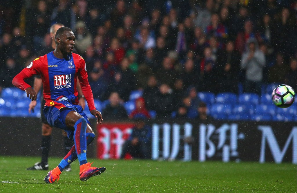 LONDON, ENGLAND - OCTOBER 15: Christian Benteke of Crystal Palace misses a penalty kick during the Premier League match between Crystal Palace and West Ham United at Selhurst Park on October 15, 2016 in London, England. (Photo by Charlie Crowhurst/Getty Images)