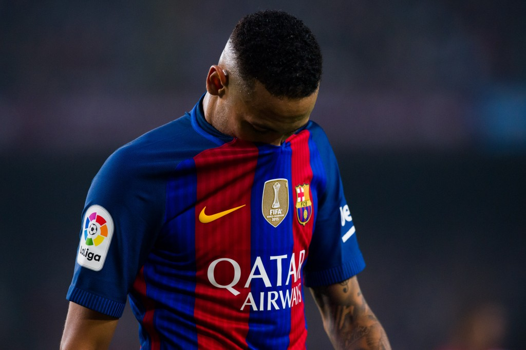 BARCELONA, SPAIN - OCTOBER 29: Neymar Santos Jr of FC Barcelona reacts during the La Liga match between FC Barcelona and Granada CF at Camp Nou stadium on October 29, 2016 in Barcelona, Spain. (Photo by Alex Caparros/Getty Images)