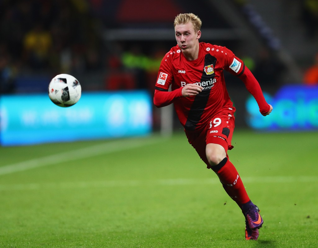 LEVERKUSEN, GERMANY - OCTOBER 01: Julian Brandt of Bayer 04 Leverkusen in action during the Bundesliga match between Bayer 04 Leverkusen and Borussia Dortmund at BayArena on October 1, 2016 in Leverkusen, Germany. (Photo by Dean Mouhtaropoulos/Bongarts/Getty Images)