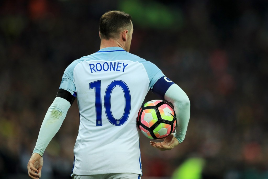 LONDON, ENGLAND - NOVEMBER 11: Wayne Rooney of England carries the match ball during the FIFA 2018 World Cup qualifying match between England and Scotland at Wembley Stadium on November 11, 2016 in London, England. (Photo by Richard Heathcote/Getty Images)